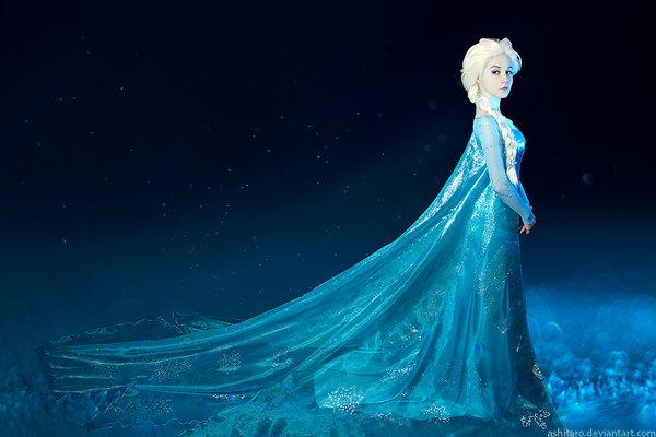 frozen_cosplay___elsa_by_ashitaro-d7e0fnd