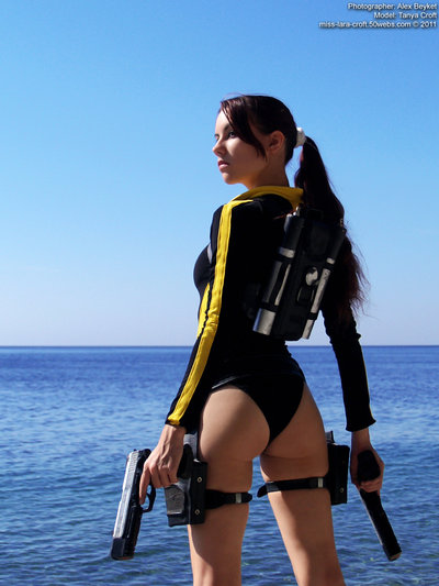 lara_croft_wetsuit___back_by_tanyacroft-d4v80oq
